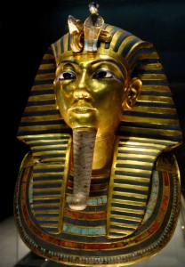 Mask of Tutankhamun's mummy, the popular icon for ancient Egypt at The Egyptian Museum. Source: Wikipedia (CC BY-SA 3.0). Click to enlarge.